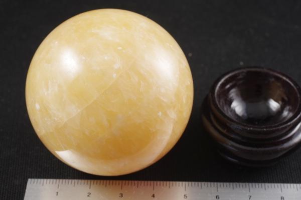 アラゴナイト丸玉